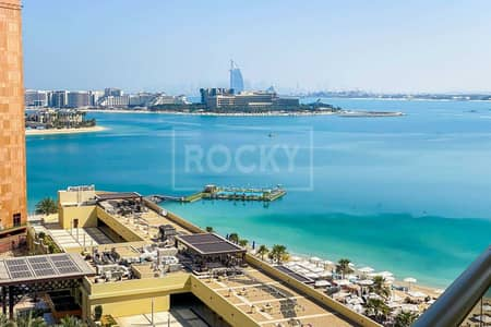 2 Bedroom Flat for Rent in Palm Jumeirah, Dubai - Type D | Sea View | Chiller Free | Beach Access