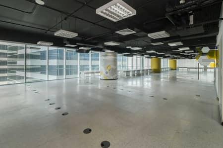 مکتب  للايجار في شارع الشيخ زايد، دبي - Full Floor   Fitted Office   Maintenance Free   Chiller Free