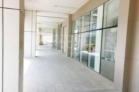 محل تجاري  للبيع في الخليج التجاري، دبي - Fitted Shop | 3 Parking | Good ROI