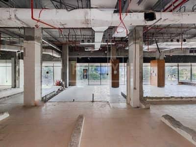 محل تجاري  للايجار في أبراج بحيرات الجميرا، دبي - Huge Retail|Good for Restaurant|Ground floor