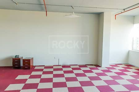 Office for Sale in Dubai Silicon Oasis, Dubai - For Investor!! Office Unit  in IT Plaza Silicon Oasis