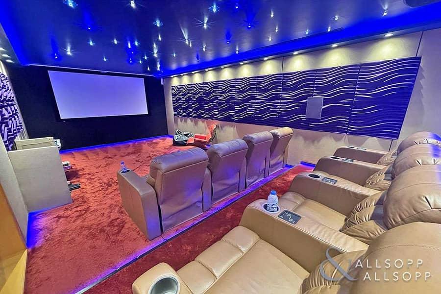 2 Five Bedrooms | Cinema Room | Exclusive