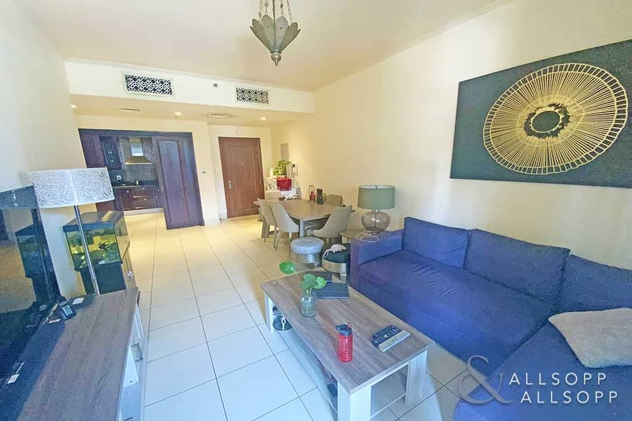 2 Exclusive | 1 Bedroom Apartment | Rented