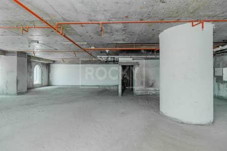 مکتب  للبيع في أبراج بحيرات الجميرا، دبي - Priced to Sell   Full Floor   Shell and Core   DMCC