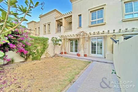 فیلا 2 غرفة نوم للبيع في الينابيع، دبي - Exclusive   Next to Springs Souk   2 Beds