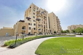 شقة في الرمث 43 رمرام 2 غرف 850000 درهم - 5241096