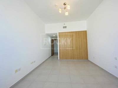 3 Bedroom Apartment for Rent in Sheikh Zayed Road, Dubai - 2 Months Free   No Commission   Chiller Free