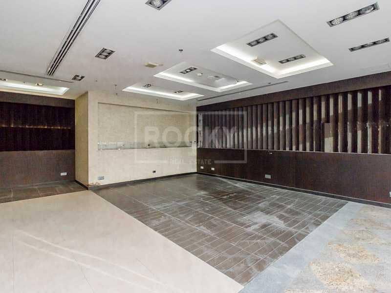 2 Spacious   Semi-fitted   Shop   Dubai Marina
