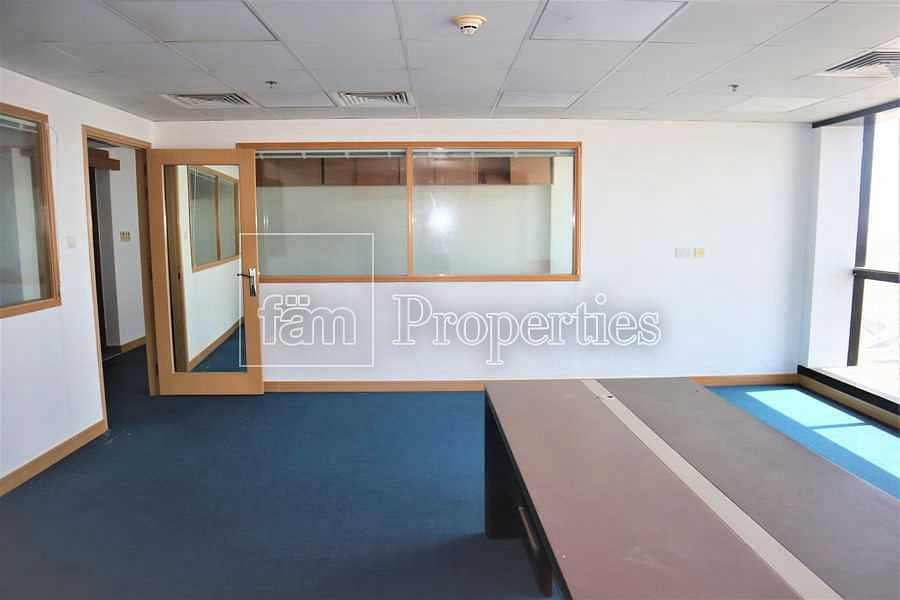 2 Vastu compliant   High floor   Firred office