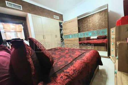 شقة 1 غرفة نوم للبيع في الفرجان، دبي - Beautiful Fully Furnished Upgraded Apartment