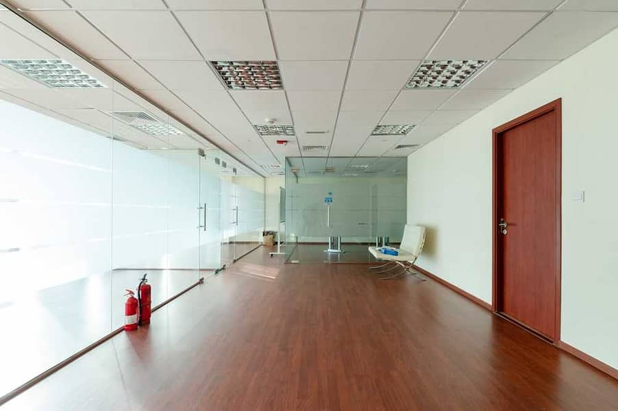 2 Fitted office   Mid floor   Unfurnished   Tiffany
