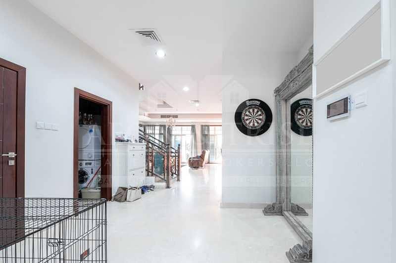 Custom Built | 5BR Villa | with Pool | Unfurnished