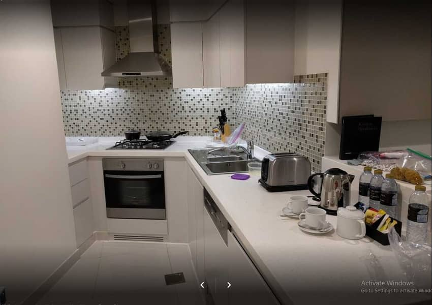 20 Canal View   Studio   5* Star Quality Furnished