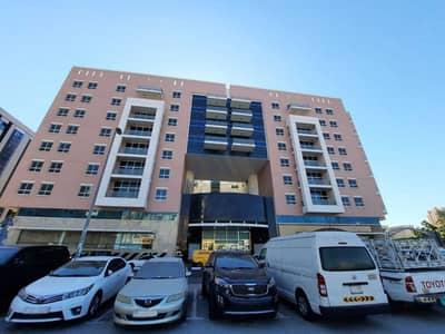 مبنی تجاري  للايجار في ديرة، دبي - مبنی تجاري في بناية المرقبات المرقبات ديرة 7500000 درهم - 4942147