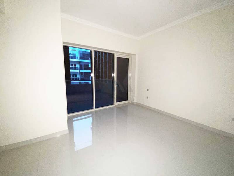 Brand New 1 Bedroom with 12 Cheques