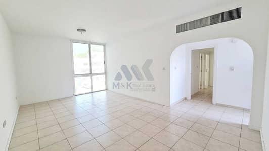 فلیٹ 2 غرفة نوم للايجار في القرهود، دبي - شقة في منطقة شارع المطار القرهود 2 غرف 59000 درهم - 4821681