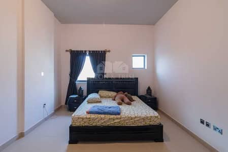 2 Bedroom Flat for Rent in Motor City, Dubai - Excellent Location 2 Bed Pool and Garden Facing in Oia