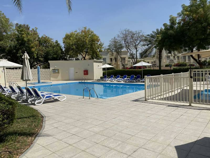 14 Landscaped Garden |Near Souq and School |Extended