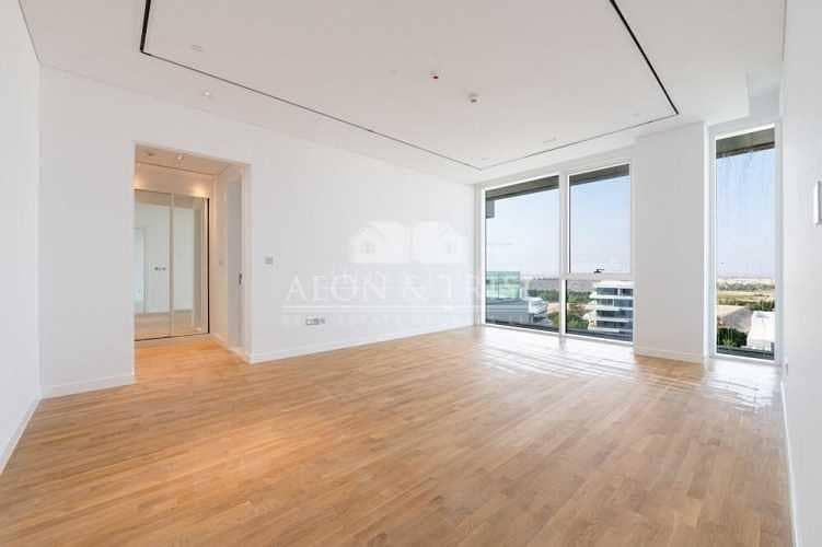 Luxurious 3 Bedroom Apt | Sale I Smart Home