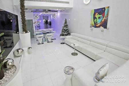 1 Bedroom Townhouse for Sale in Palm Jumeirah, Dubai - Luxury | 3 Floors | Cinema Room | 1 Bed