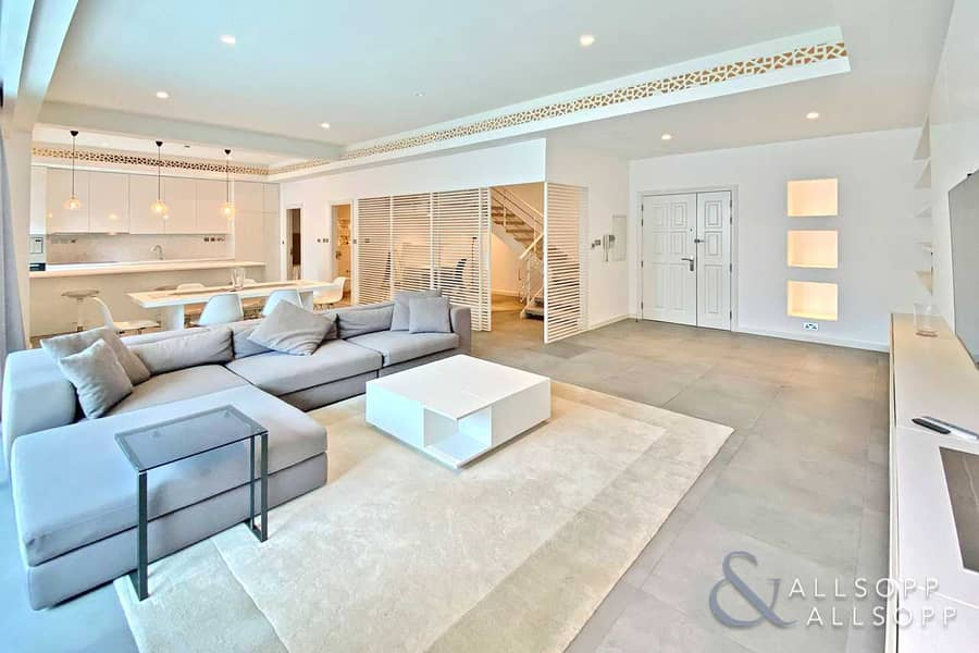 2 Fully Upgraded Duplex | Multiple Terraces