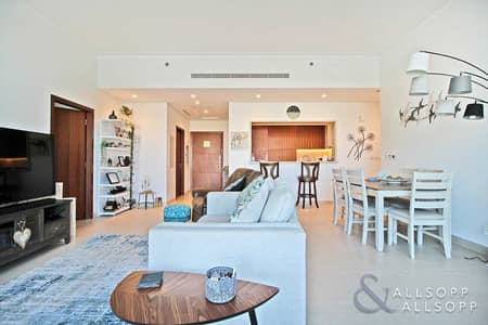 3 Bedroom Apartment for Sale in The Hills, Dubai - Vacant On Transfer   3 + Maid   Golf Views