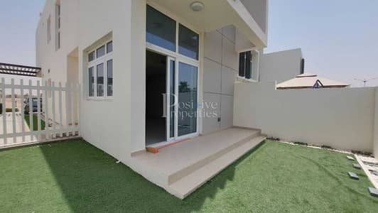 3 Bedroom Townhouse for Rent in DAMAC Hills 2 (Akoya Oxygen), Dubai - Sing Row| Lake View|Landscaped