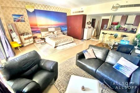 Studio for Sale in Jumeirah Beach Residence (JBR), Dubai - Studio | Rare Unit | Vacant On Transfer