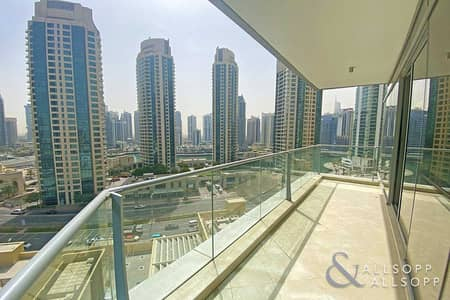 3 Bedroom Apartment for Sale in Dubai Marina, Dubai - 3 Bedrooms + Maid   Immaculate   Marina View