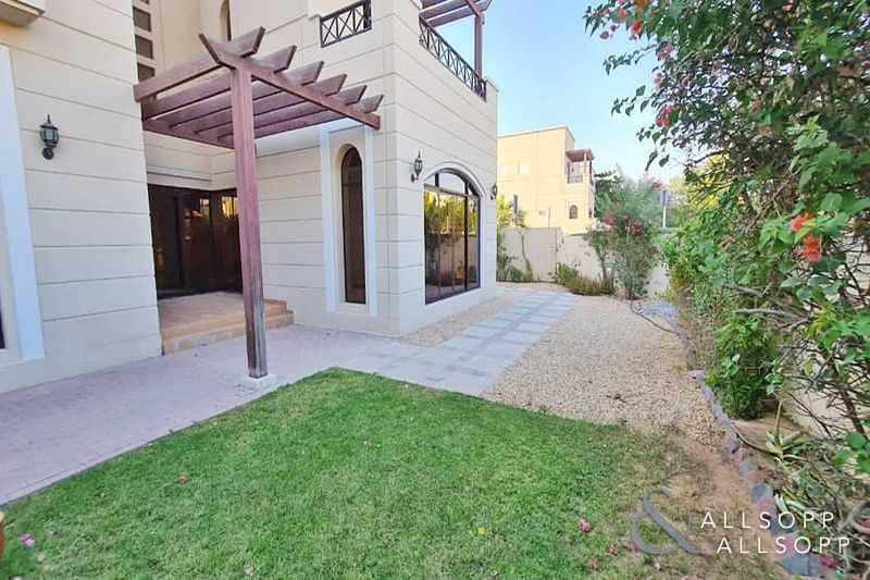 2 Al Naseem   Corner Plot   4 Bedroom Villa