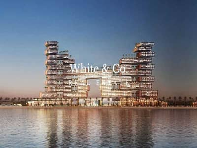 2 Bedroom Flat for Sale in Palm Jumeirah, Dubai - Signature Skycourt   Iconic View   2-Bed