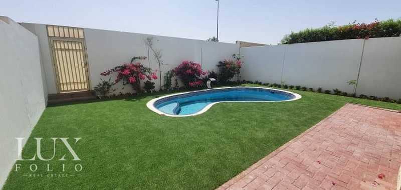 2 Private Pool | 4E | Upgraded | Lake View