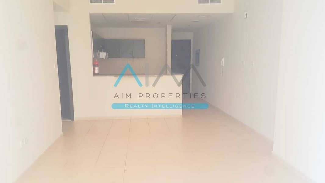 Amazing fully furnished 2 bedroom apartment with  New Furniture