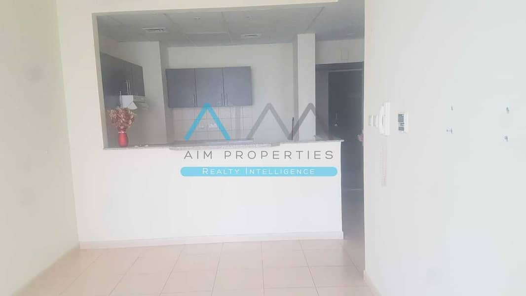 2 Amazing fully furnished 2 bedroom apartment with  New Furniture