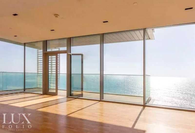 10 Panoramic Sea View - Vacant - Luxury Living