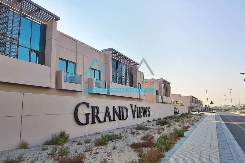 Premium 4B Villa   End unit with a Garden   Contemporary Style   Millennium Estates