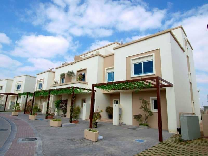 Upgraded 3 Bedroom Villa|Ready To Occupy|Closed Terrace