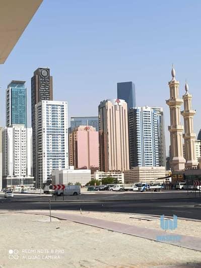 محل تجاري  للايجار في السطوة، دبي - brand new shop near emirates towers metro station. .