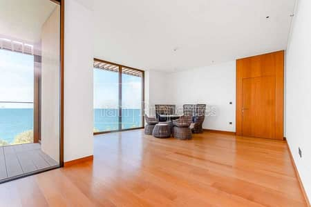 1 Bedroom Apartment for Sale in Jumeirah, Dubai - Exceptional Skyline  and Sea View | Large 1BED