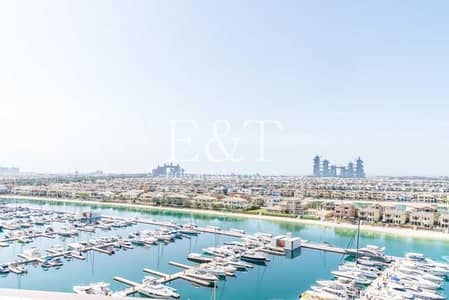 2 Bedroom Flat for Rent in Palm Jumeirah, Dubai - Fully Upgraded   German Kitchen   Unf Mid Floor