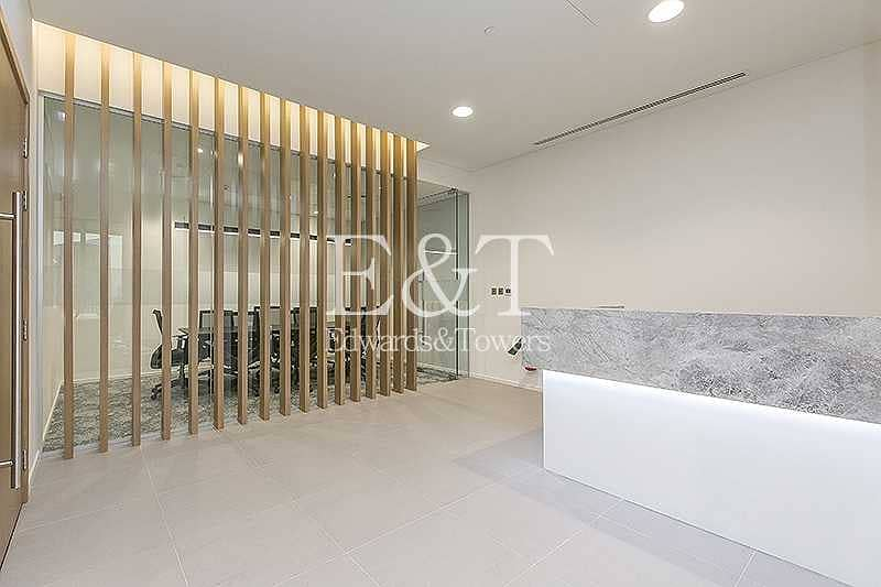 Partitioned Furnished    Amazing View in DIFC