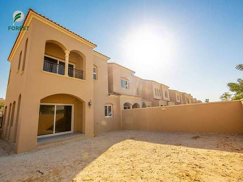 2 Corner Unit  Upgraded   3 Beds   Well Maintained