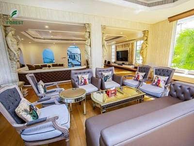 5 Bedroom Villa for Sale in Jumeirah, Dubai - Luxury Furnished   5BR + M Villa   Massive Plot