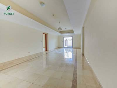 3 Bedroom Townhouse for Sale in Palm Jumeirah, Dubai - Spacious | 3BR Triplex | Sea View | Unfurnished