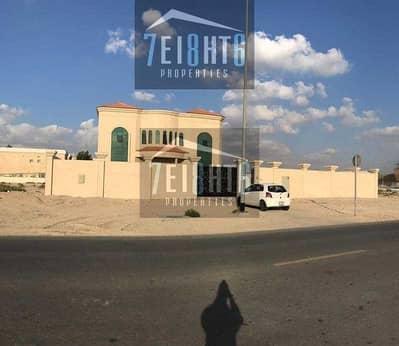 فیلا 5 غرف نوم للايجار في القصيص، دبي - 5 b/r spectacular high quality luxury brand new very spacious villa with good finishing + maids room