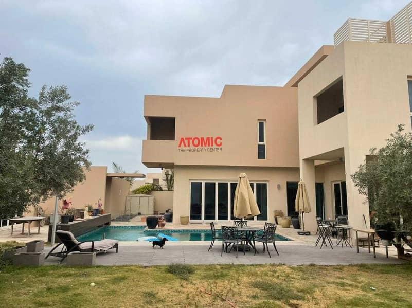 Investor Deal ll 5BR + Study Room + Maid  Villa