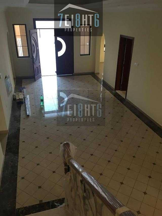 2 Large spacious villa: 5 b/r high quality well maintained independent villa