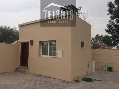 2 Bedroom Villa for Rent in Al Mizhar, Dubai - Beautifully presented: 2 b/r good quality independent villa + maids room + large garden for rent in Mizhar 2