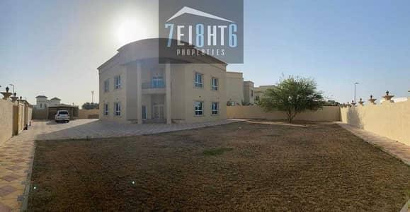 فیلا 5 غرف نوم للايجار في ند الشبا، دبي - Amazing value: 5 b/r good quality independent villa + maids room + large landscaped garden for rent in NAS 4