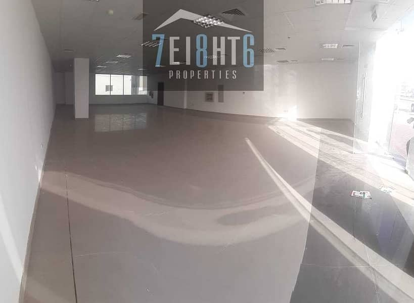 2 500 sq ft BRAND NEW showroom with mezzanine for rent in Umm Ramool